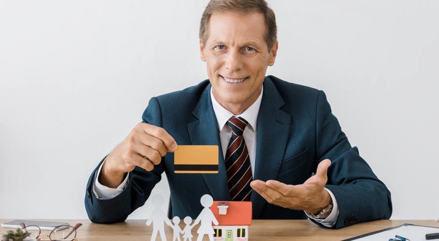 Brasileiros estão mais otimistas diante da vida financeira, diz pesquisa