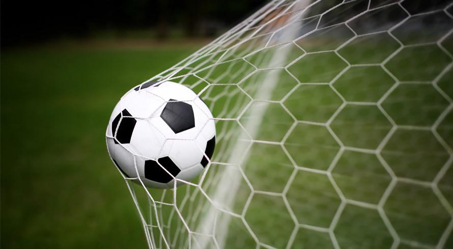 Dia de celebrar a paixão nacional dos brasileiros, o futebol!