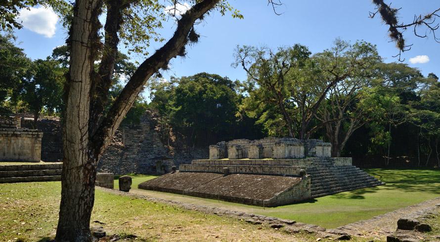 Escaner super tecnológico traz acréscimos importantes para a História ao revelar estruturas maias escondidas sob a floresta na Guatemala