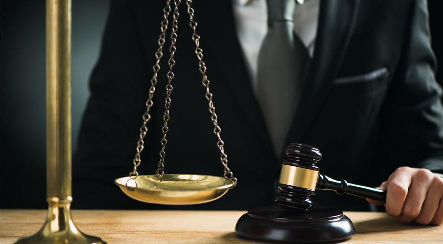 UCB oferece cursos de pós-graduação, à distância, na área de Direito. Escolha o seu, agregue aos seus conhecimentos e brilhe no mercado de trabalho!