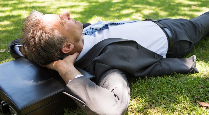 Um pequeno intervalo de trabalho feito ao ar livre já reforça a vitamina D no organismo e confere mais energia