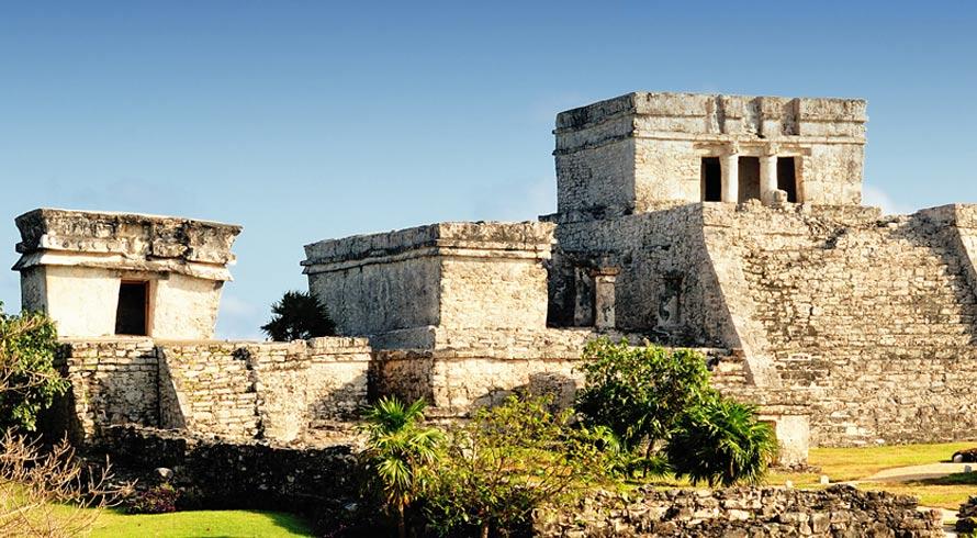 Um tesouro para o conhecimento da Humanidade: arqueólogos mexicanos encontram caverna Maia intocada e se encantam com os mistérios da civilização perdida