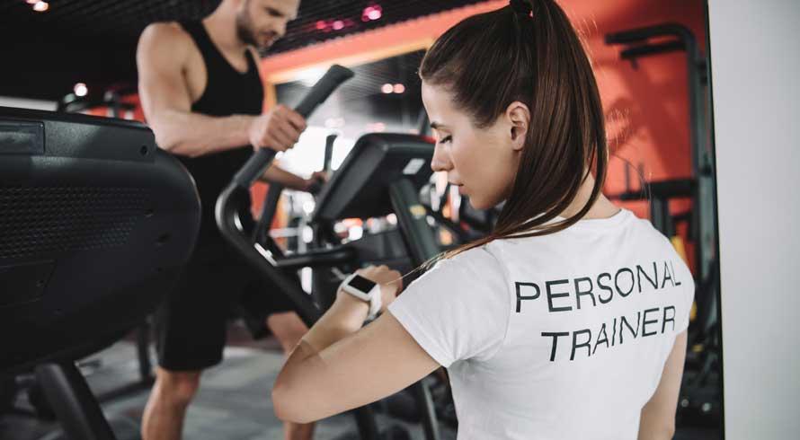 """Universidade Castelo Branco oferece pós-graduação, EAD, em """"Musculação e Personal Training"""". Confira!"""