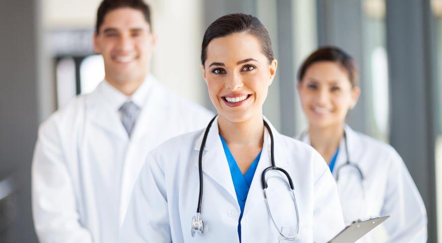 Universidade Castelo Branco oferece variedade de cursos de pós-graduação na área da Saúde. Confira!