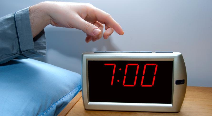 Pular cedo da cama é bom para a produtividade?