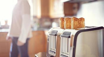 """Adolescentes que """"pulam"""" café da manhã ficam mais propensos à obesidade, diz estudo da USP"""