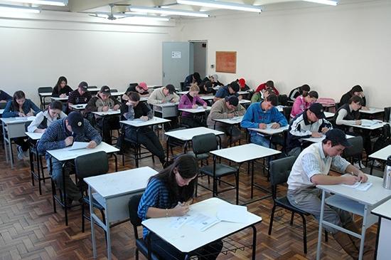 O ENADE - Exame Nacional de Desempenho Estudantes aconteceu neste domingo