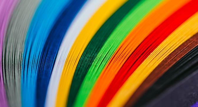 No início do século XX, um homem se dedicou a reunir as cores mais raras do mundo