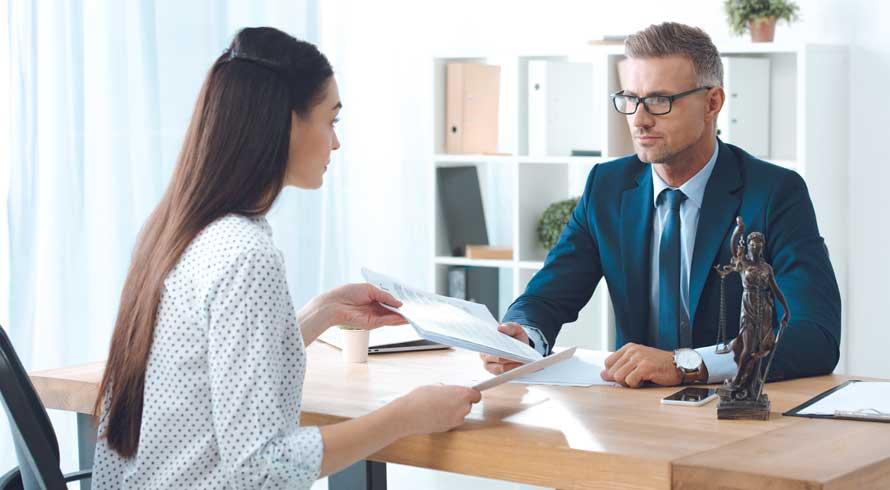 """""""Direito Administrativo"""": conheça o curso EAD que a Pós-Graduação ISO preparou para a sua evolução profissional"""