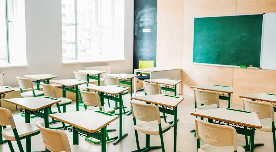 Vem saber mais sobre a maior escola do mundo. Fica na Índia!