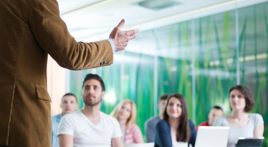 """Centro Universitário Redentor oferece curso de pós-graduação, à distância, em """"Docência do Ensino Superior"""""""