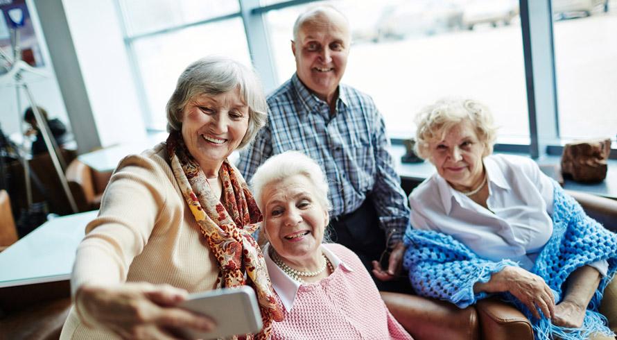 Atenta ao envelhecimento da população mundial, Ciência trabalha em produto voltado para o bem-estar de idosos: roupa tecnológica que oferece maior mobilidade