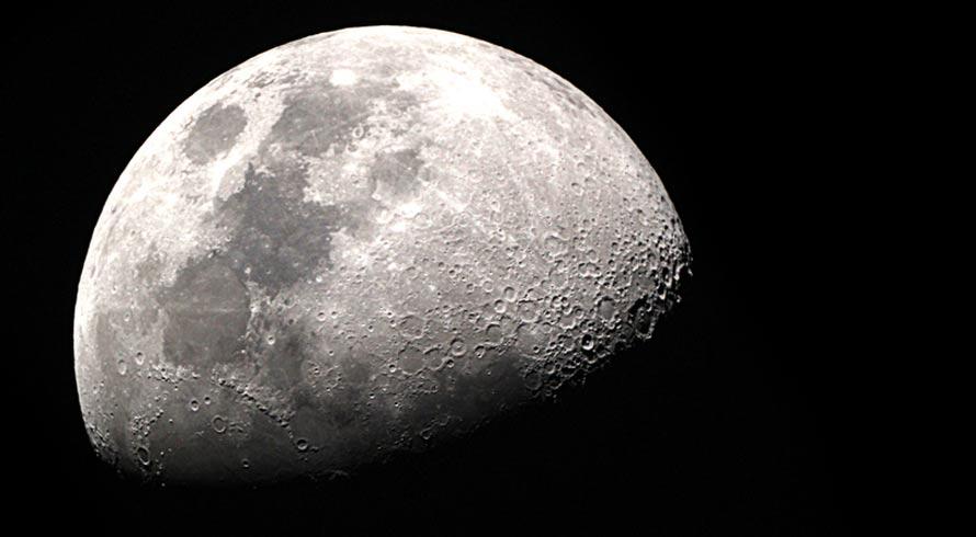 Parto, cabelo, sono. Será mesmo que a lua e suas fases interferem na dinâmica humana?