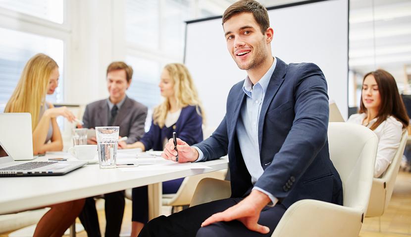 Pensando aí em uma pós-graduação? Que tal um MBA? A UniRedentor oferece 18 opções de cursos para você!