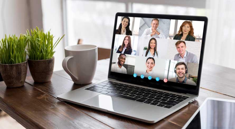 Professor online: com a devida adaptação e o planejamento adequado, dá tudo certo!
