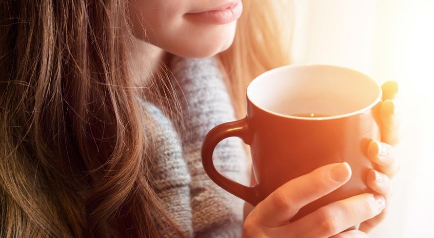 Qual a sua questão de hábito? Café ou chá? Em excesso, ambos fazem muito mal à saúde, sabia?