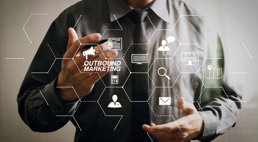 """Unincor oferece curso de pós-graduação à distância! Confira o """"MBA em Marketing e Gestão de Clientes""""!"""