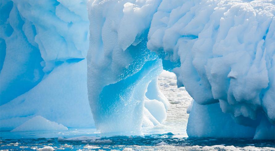 """Quando muito gelo vira muita água, o planeta está em grande perigo. Em seis anos, a Antártica """"perdeu uma Londres"""" de extensão"""