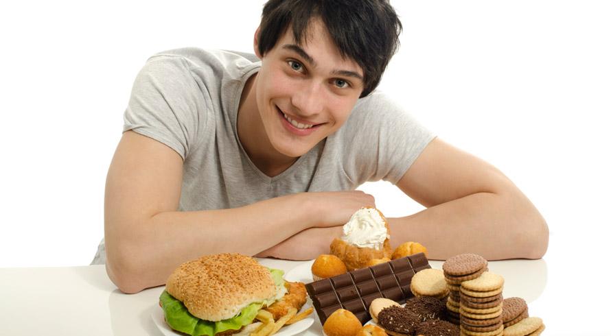 A Ciência atestou: o segredo de quem come e permanece magro, sem nunca engordar, é a genética
