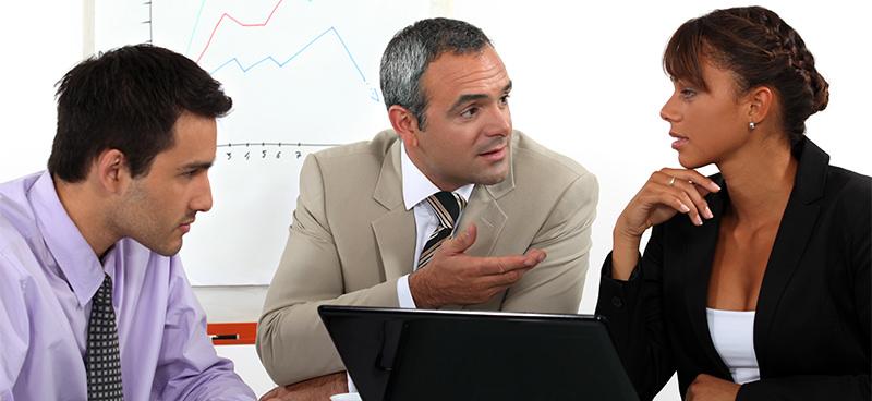 """De olho naquele cargo executivo na empresa? Fique apto(a) para ocupá-lo com o """"MBA em Gestão Empresarial"""", curso de pós que a Unincor oferece na modalidade à distância"""