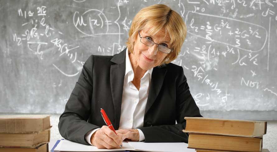 Dia do (a) Professor (a)!  Conheça a origem da data