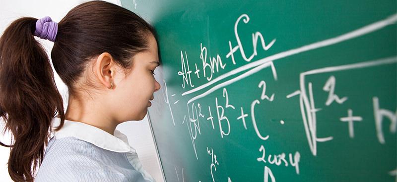 Estudar possibilita diversas oportunidades e, por isso mesmo, afasta o risco da depressão