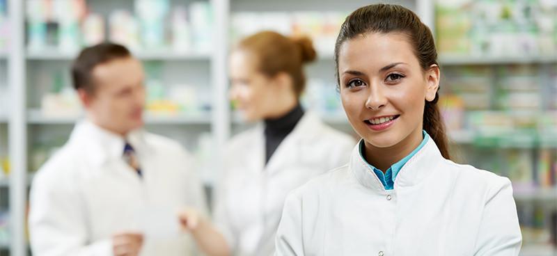 """Graduado em Farmácia, venha conferir o curso de pós, em """"Farmácia Hospitalar"""", à distância, que a Unincor formatou especialmente para você"""