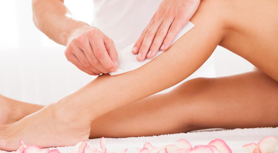 Na hora de depilar, vale tomar alguns cuidados. O pelo pode encravar e provocar uma inflamação no local