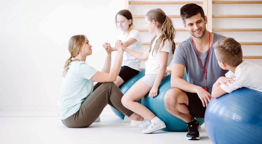Unincor oferece cursos de pós-graduação, à distância, em Educação Física. Faça seu 2020 mais próspero, professor (a)!